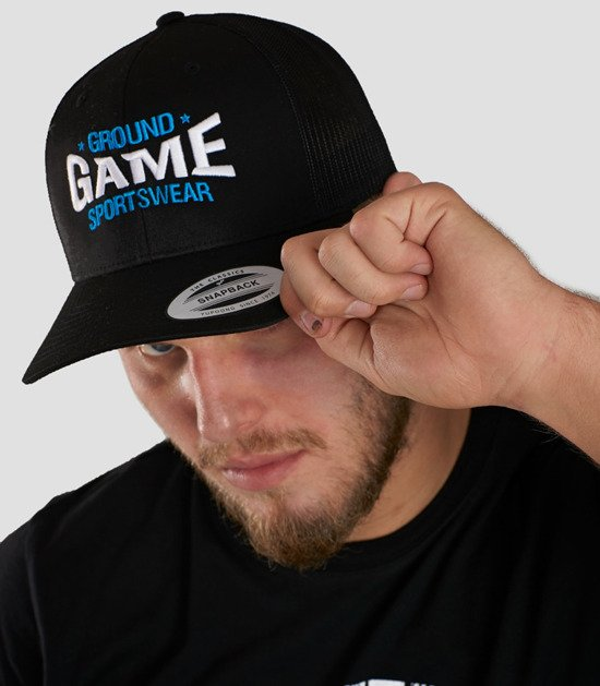 "Cap ""Game"" with a rounded brim"