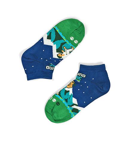 "Socks ""Fight all night"""