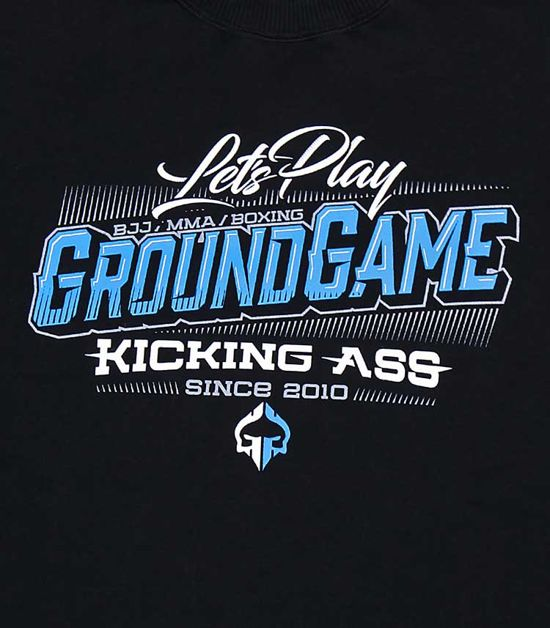 "Sweatshirt ""Kicking Ass"""