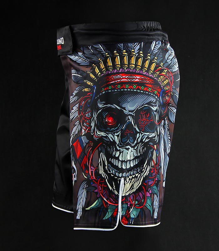 "Spodenki MMA ""Indian Skull"""